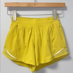 🍋 Lululemon Yellow Hotty Hot Shorts Tall